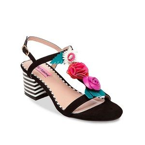 Betsey Johnson | NWOT Andey Sandal